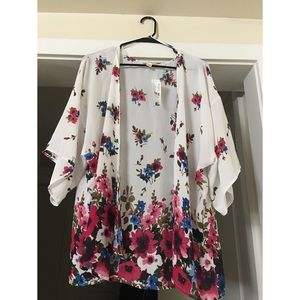 One size fits all Kimono style top